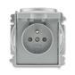 Zásuvka jednonásobná s ochranným kolíkom, s clonkami, s viečkom, Time®, oceľová