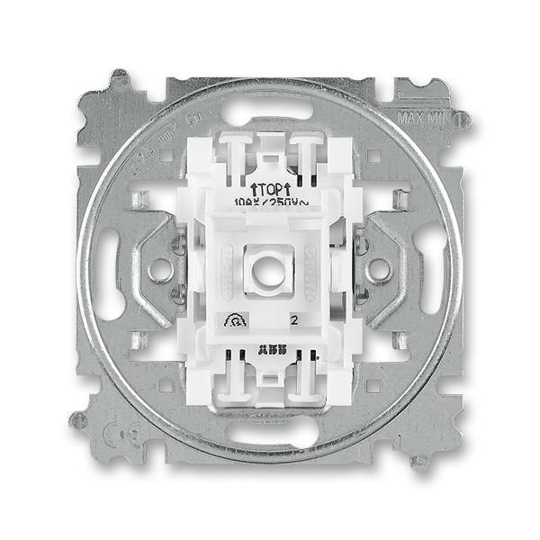 Prístroj prepínača striedavého so svorkou N,