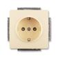 Zásuvka jednonásobná s ochrannými kontaktmi (podľa DIN), s clonkami, Swing®L, krémová