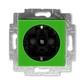 Zásuvka jednonásobná s ochrannými kontaktmi (podľa DIN), s clonkami, Levit®, zelená / dymová čierna