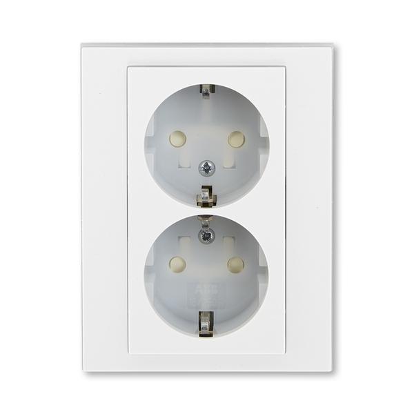 Zásuvka dvojnásobná s ochrannými kontaktmi (podľa DIN), s clonkami, Levit®, biela / ľadová biela