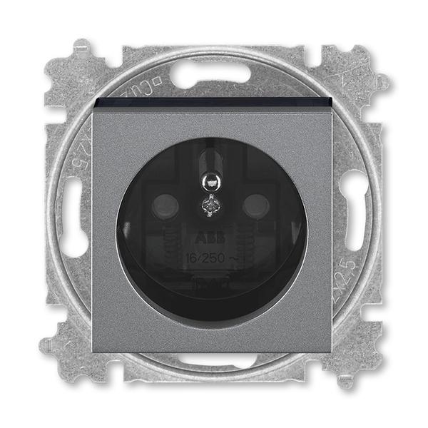 Zásuvka jednonásobná s ochranným kolíkom, s clonkami, oceľová / dymová čierna