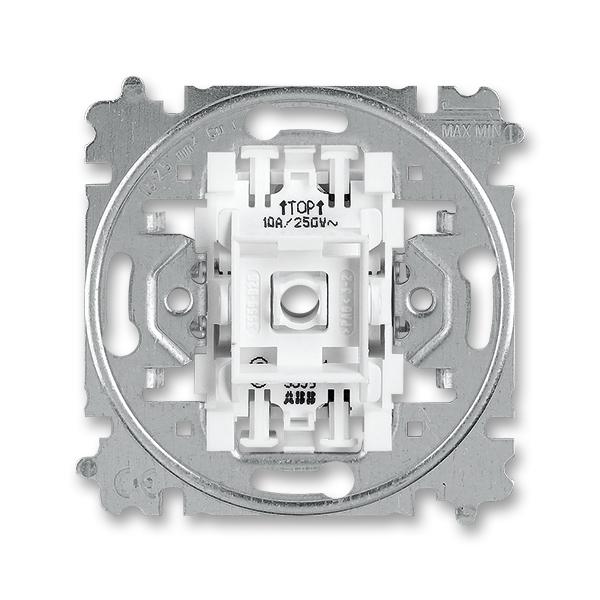 Prístroj ovládača prepínacieho, so svorkou N,