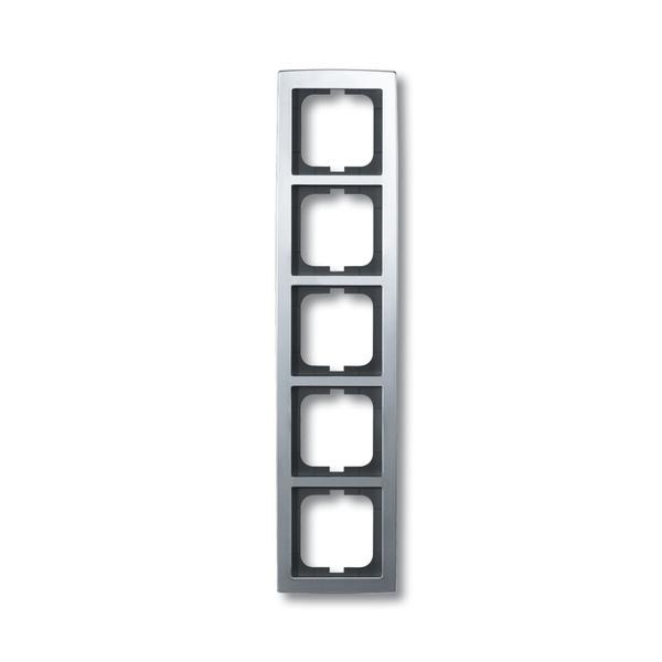 Rámček pre elektroinštalačné prístroje, päť násobný, Solo®, chrómová