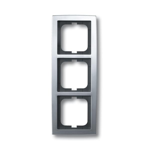 Rámček pre elektroinštalačné prístroje, troj násobný, Solo®, chrómová