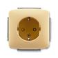 Zásuvka jednonásobná s ochrannými kontaktmi (podľa DIN), s clonkami, Tango®, béžová